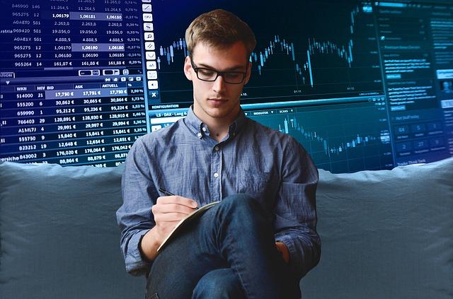 לימודי מסחר בשוק ההון