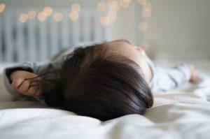 כיצד מטפלים בהרטבת לילה
