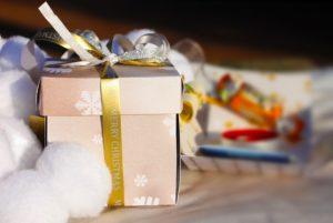 איך להעניק מתנה שהיא אישית ומיוחדת