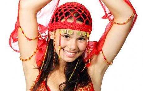 5 סיבות להזמין את מורן טנצמן רקדנית הבטן לאירוע שלכם