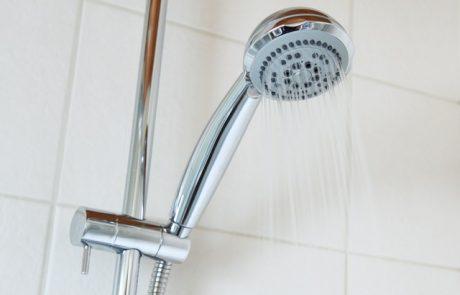 לקראת החורף – הסכנות של מקלחות חמות