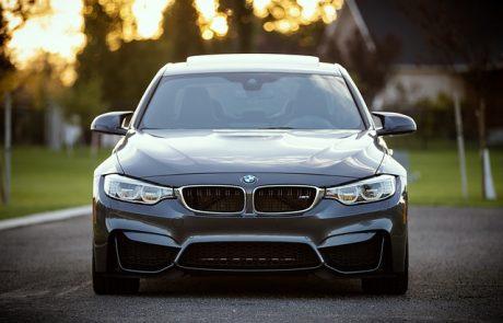 האם השחרת חלונות מתאימה לכל רכב?