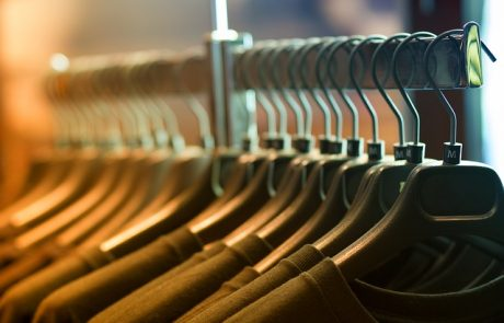 מתלה בגדים עומד – כשנגמר המקום בארון
