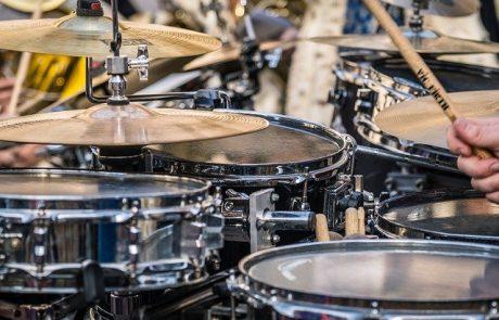 תופים – להוציא אנרגיה בדרך מוזיקלית