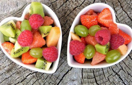 גם טעים וגם בריא – מגשי פירות לכל אירוע שימתיקו לכם את האווירה