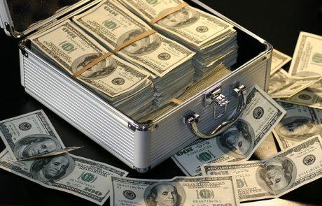 """ייעוץ מקצועי בהשקעה של מניות בחו""""ל"""