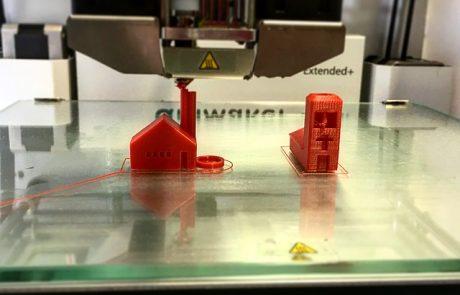 מה כולל תהליך הדפסה בתלת מימד ולמי זה מיועד?